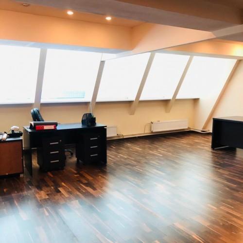 Офисное помещение 385м²